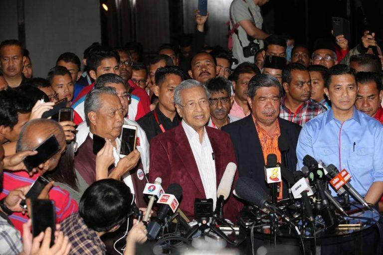 PRU 14 : Mahathir Dakwa Putrajaya Sudah DiTawan